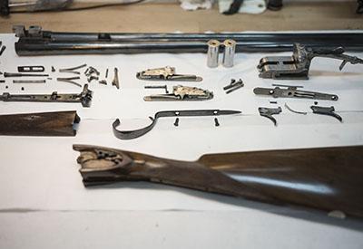 restauracion de armas en taller
